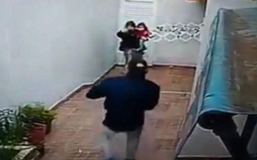Santa Teresita: una pareja con una beba de un año asaltó y golpeó a dos ancianas