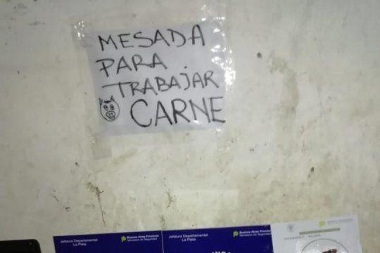 una mujer policia y dos carniceros, tres de los nueve detenidos por vender drogas en la plata