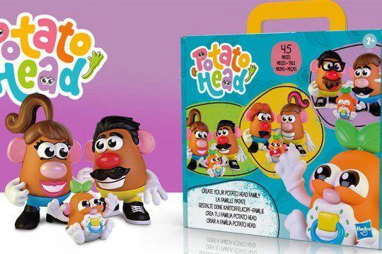 Nueva edición del juguete Cara de Papa permite armar diferentes modelos de familia.
