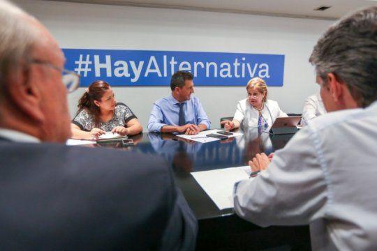 el frente renovador presiona al gobierno para que se llamen a extraordinarias en febrero
