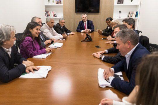 fernandez sumo al frente de todos unos veinte diputados de argentina federal