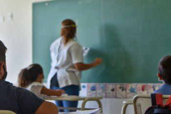 Las clases presenciales sólo continuarán en la Provincia en aquellos distitos que no estén en riesgo epidemiológico.