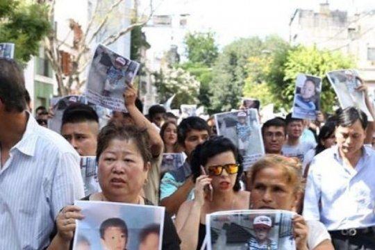 video: familiares del nene ahogado en una pileta marcharon para pedir justicia