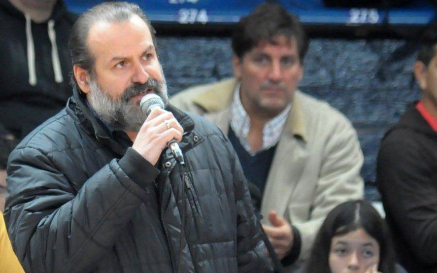 Federico Susbielles se sube a una candidatura para destronar a Héctor Gay