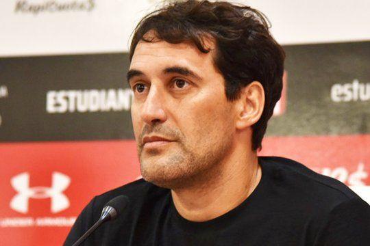 Alayes habló sobre los delanteros de Estudiantes.