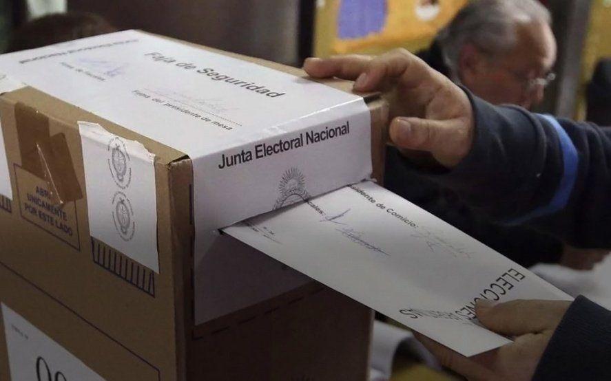 El peronismo gobernará más de la mitad de los 135 municipios pero Cambiemos retuvo distritos claves