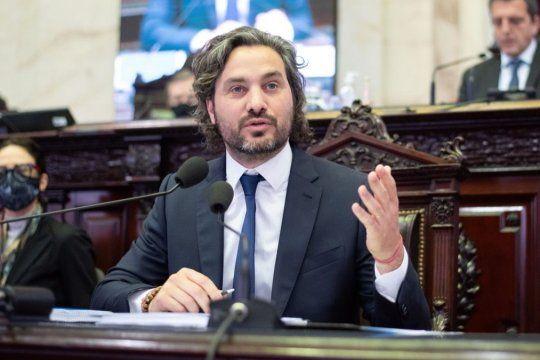 El jefe de Gabinete, Santiago Cafiero, aclaró que vendió sus dólares a precio de homebanking.