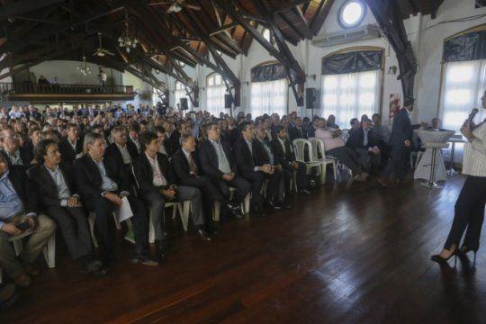 gabinete ampliado: ministros y legisladores se encolumnaron atras del presupuesto de vidal