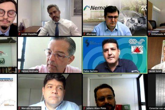 Scioli se reunió con la Cámara de Comercio de Minas Gerais para promover exportaciones.