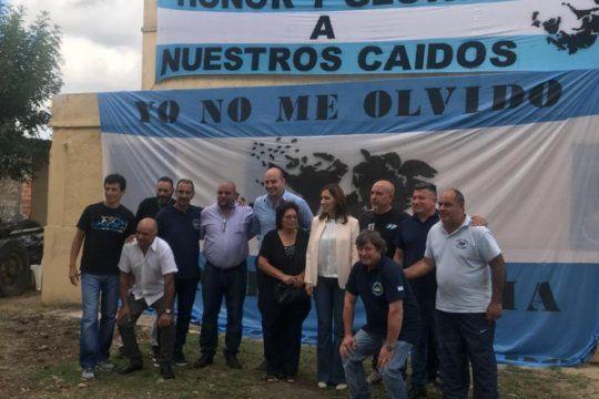 vidal visito junto a martiniano molina el nuevo centro de veteranos de malvinas en quilmes