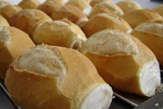 los molinos responden: no habra harina dolarizada, pero si pago en dolares para panaderias que entren en mora