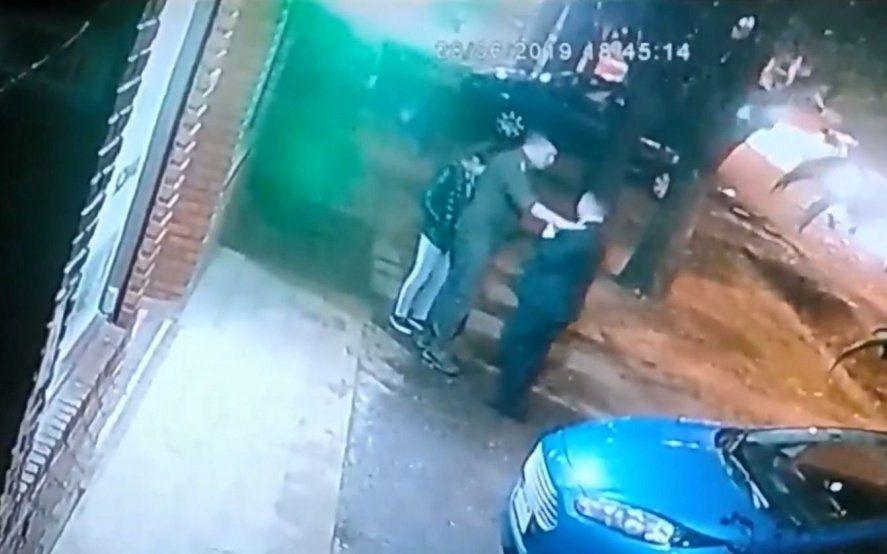 El farmacéutico confirmó sus dichos en sede judicial por el caso del policía acusado de ofrecer dinero a una niña a cambio de sexo