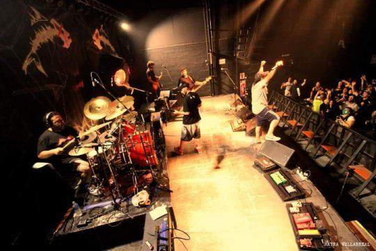 ¿Cómo se están desarrollando los recitales de rock con público en tiempos de pandemia?