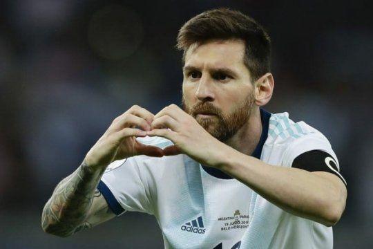 messi vuelve a la seleccion para jugar los clasicos con brasil y uruguay