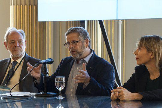 El ex secretario de Salud nacional, Adolfo Rubinstein, cuestionó al ministro de Salud de la provincia, Daniel Gollán.