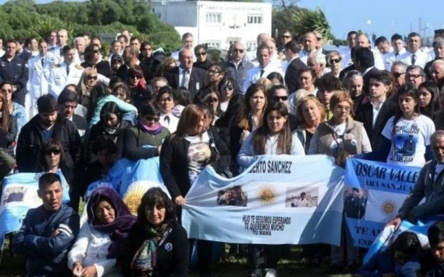 Familiar de submarinista del Ara San Juan pidió que el nuevo gobierno investigue y los responsables paguen