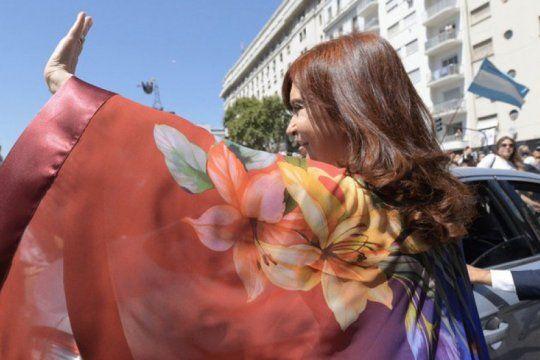 cristina exploto en twitter: ?no hay argentino mas impune que macri?