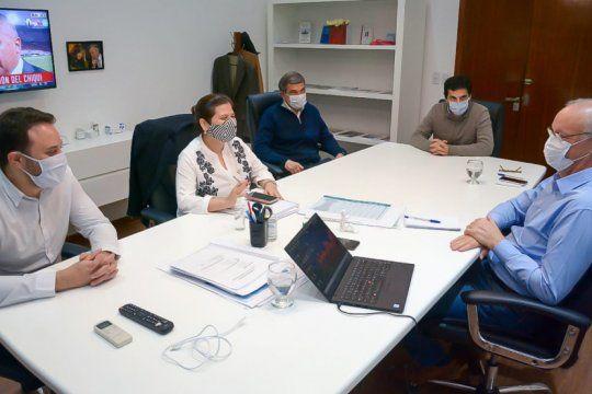 la provincia recibira esta semana cinco mil test de diagnostico desarrollados por cientificos argentinos