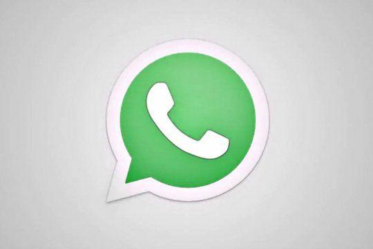 ¿ya no sabes cual usar? whatsapp compartio una funcion para poder crear y descargar stickers