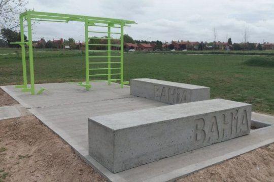 internos de la carcel de bahia blanca construyeron estructuras para instalar en espacios recreativos saludables