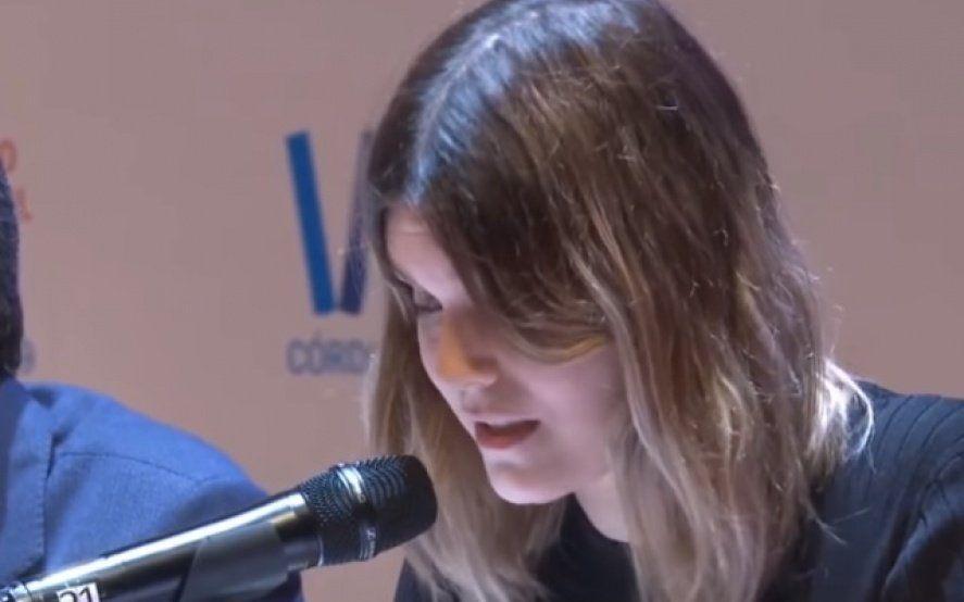 """""""Somos mujeres"""": El emocionante relato de Elvira Sastre en el Congreso de la lengua"""