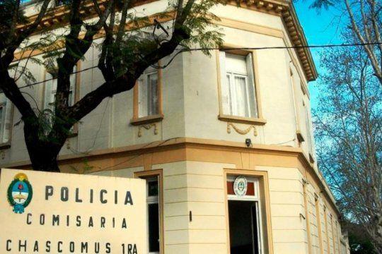Tres hombres encapuchados ingresaron a la vivienda de una jubilada en Chascomús, la ataron y le robaron más de un millón de pesos.