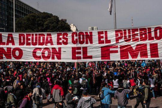 jornada de protestas contra el gobierno: gremios junto a movimientos sociales marchan en la plata y caba
