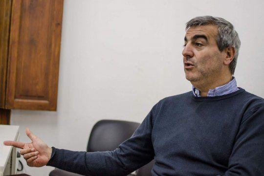 Durañona propuso declarar de interés público y gratuito a la vacuna contra el coronavirus
