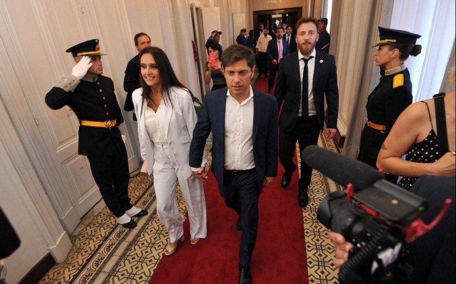 La alfombra roja de la Provincia: así se vistieron los líderes políticos en la Asamblea Legislativa