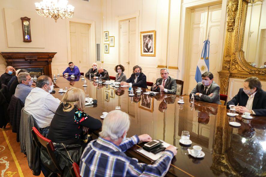 Alberto Fernández a la CGT: estamos en el camino correcto