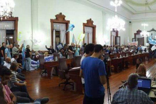 una sesion picante en el hcd de chivilcoy aprobo la emergencia tarifaria y rechazo la reforma del bapro