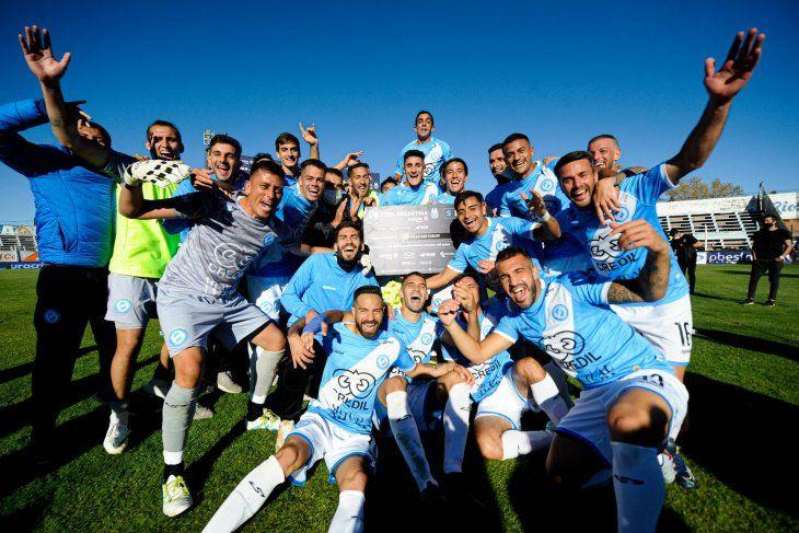 Villa San Carlos avanzó a los octavos de final de la Copa Argentina
