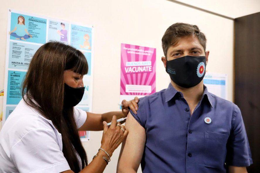Axel Kicillof fue el cuarto bonaerense en recibir la vacuna contra el coronavirus Sputnik V.