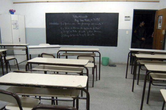 En La Plata no está habilitada la vuelta a las clases presenciales y la educación se mantendrá de forma virtual.