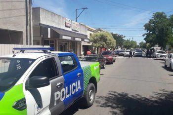 Una mujer policía baleó a un ladrón