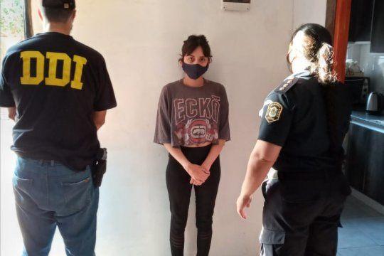 La joven de 18 años fue detenida acusada del crimen de un jubilado de 82 años