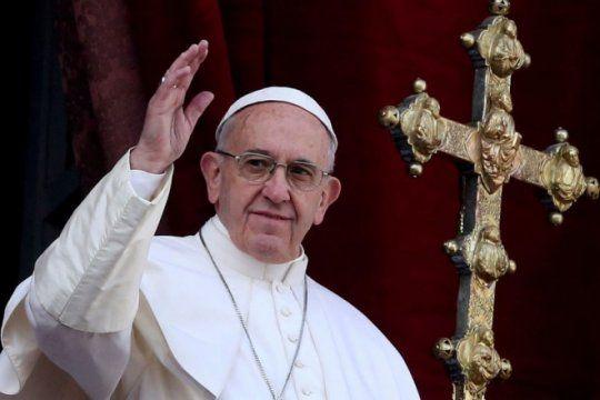 fuerte polemica por declaraciones homofobicas del papa francisco