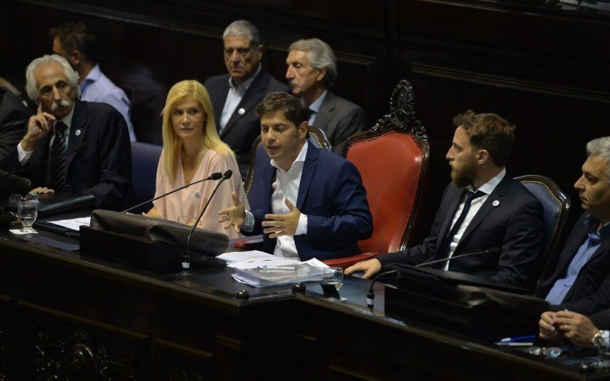 """Kicillof pidió que Buenos Aires integre el grupo de provincias petroleras y afirmó que """"es socia del desarrollo de Vaca Muerta"""""""