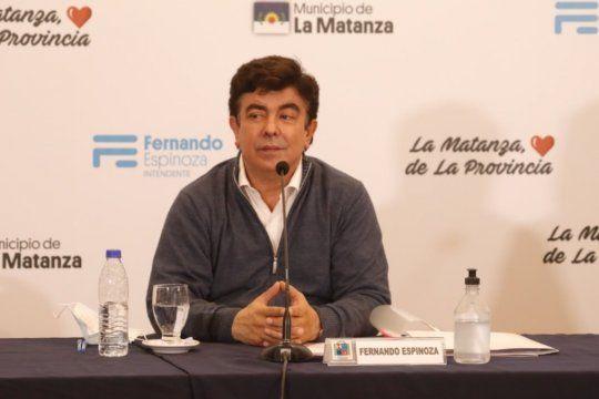 Nuestros profesionales no dan más, incluso cuando en La Matanza tenemos la situación en un nivel de mucho control con un 60% de ocupación de camas, destacó Fernando Espinoza.