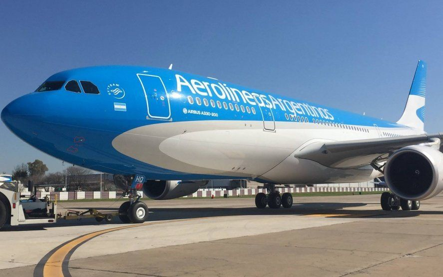 Aerolíneas Argentinas dio detalles de sus vuelos especiales y sumó dos más para repatriar argentinos