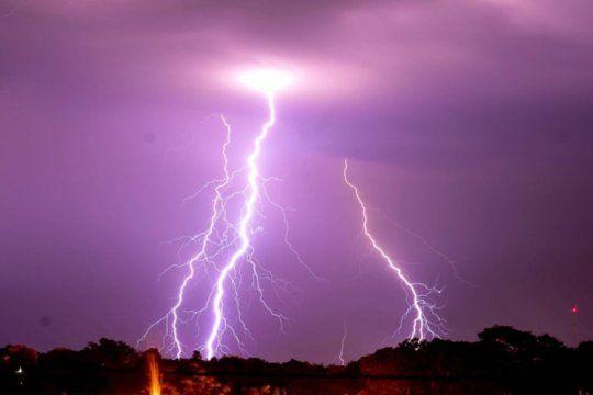 ¿fue santa rosa? las redes se desvelaron por la tormenta mas famosa