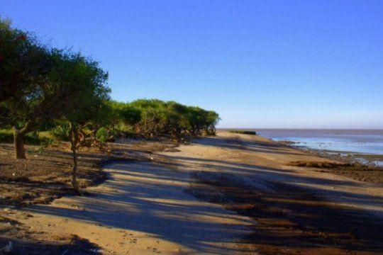 vecinos de punta indio piden un presupuesto minimo y proteccion para el parque costero del sur