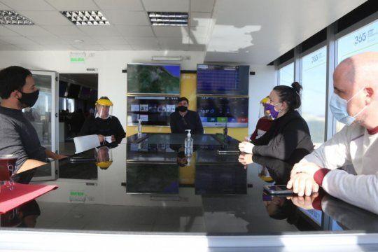 el municipio y edelap mantuvieron otra reunion por la mejora del servicio electrico