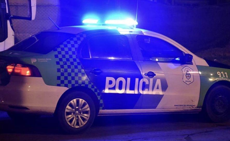 Motochorros atropellaron y asaltaron a un trabajador en Merlo