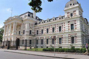 La provincia de Buenos Aires anunció el acuerdo con los principales acreedores de deuda en ley extranjera.