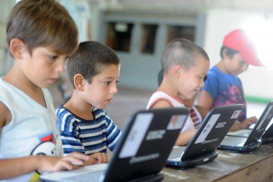 Los alumnos y alumnas tendrán un refuerzo educativo durante 2021, donde se normalizaría la educación. Para las y los egresados sí hay calificación.