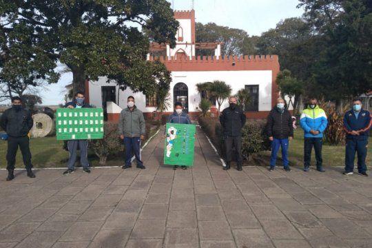 presos crearon y donaron un mapa de argentina en braille para una escuela especial