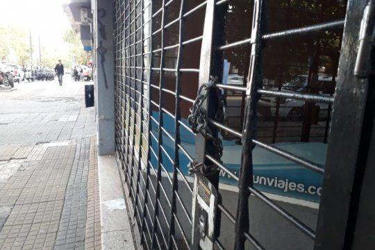 un paraguas para cuando sale el sol: los empresarios pyme, furiosos con los bancos publicos y privados