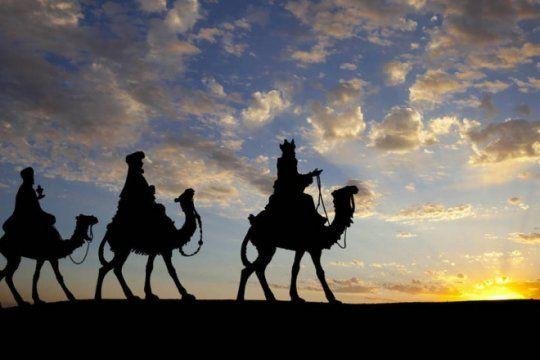historia de una tradicion: ¿por que se celebra esta noche la llegada de los reyes magos?