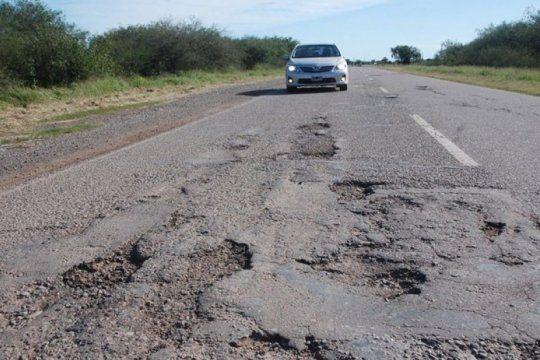gremio de la construccion denuncia el abandono de las rutas nacionales: ?el 95% de la obra publica esta parada?
